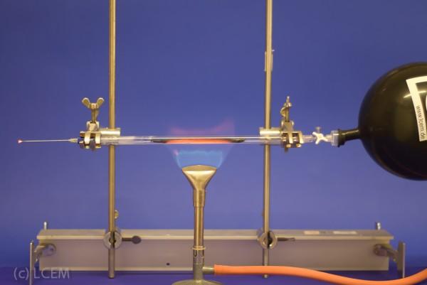 Versuchsvorschrift Reduktion mit Wasserstoff